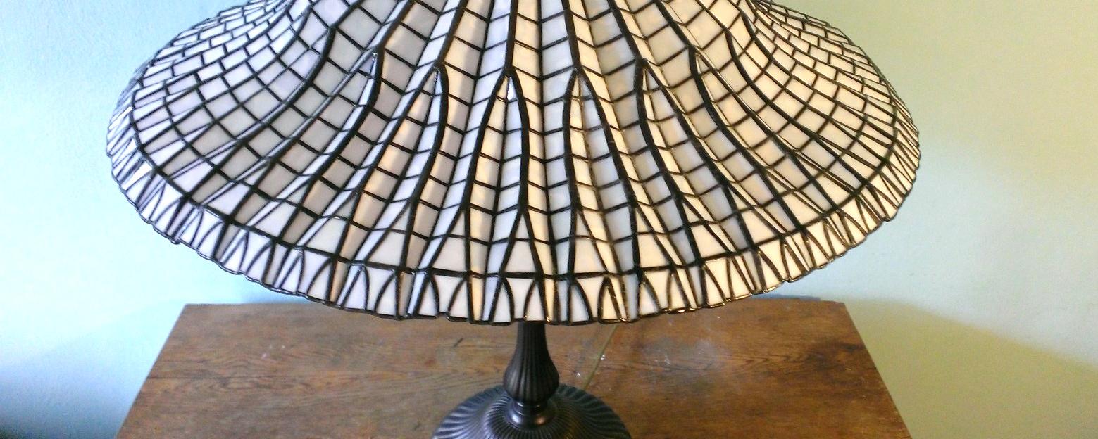 slide 04 – lamp Tiffany